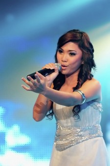 &quot;sing sing sing...&quot;<br />hasil motretin stage performance di malam&lt;br /&gt;final Indonesian Idol 2010
